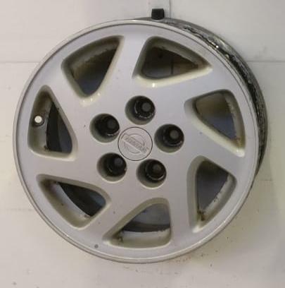 Käyt. Nissan 6,5×15 p2