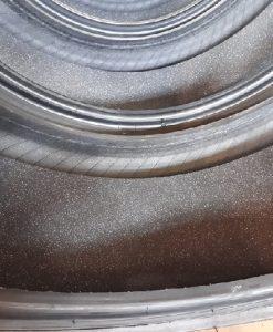 Renkaan sisällä polyuretaanivaahto joka vaimentaa ääntä - 255/40-19 Michelin Pilot Sport 4 VOL Acoustic